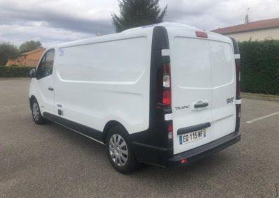 Renault Trafic camion frigo 4m 3 89
