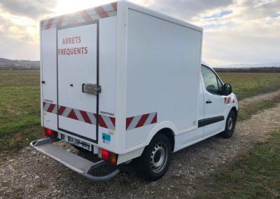 Peugeot PARTNER 4M3 plancher cabine IMG_6371